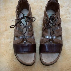 Naot Shoes - NAOT Selo Leather Lace-up Sandals-Size 9.5 -Eur 40